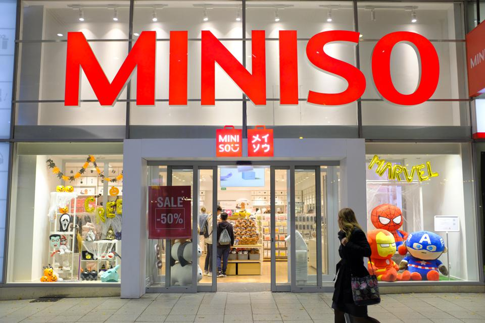 Heralding from Guangzhou, China; the Japanese imitation discount retailer has succeeded in a global takeover across 80 countries.