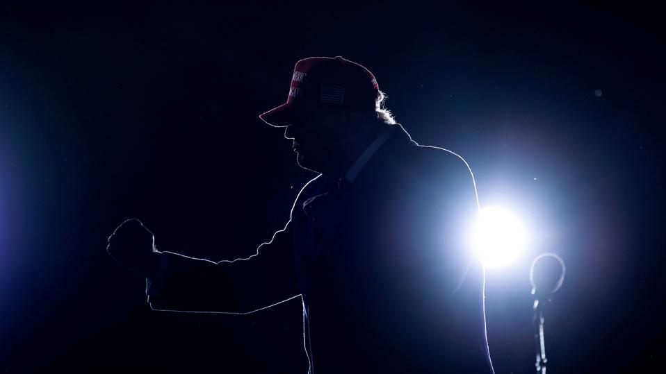 TOPSHOT-US-VOTE-TRUMP