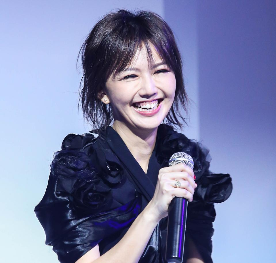 Stefanie Sun Promotes New Album In Beijing