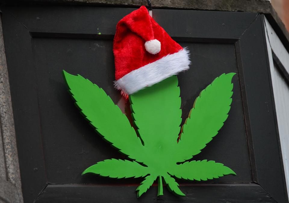 Cannabis leave with santa hat