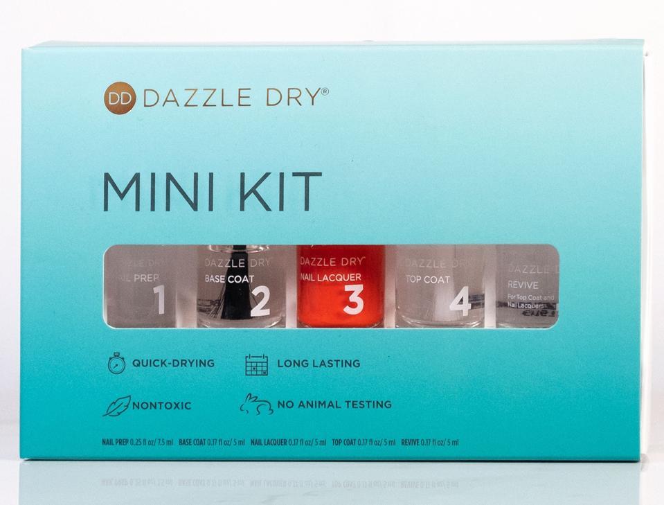 Mini manicure kit