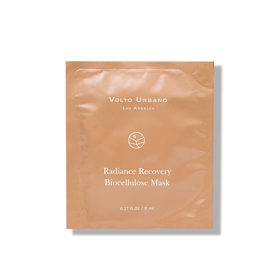 Our perfectly biodegradable facial mask a medley of radiance enhancing actives to revive the skin.