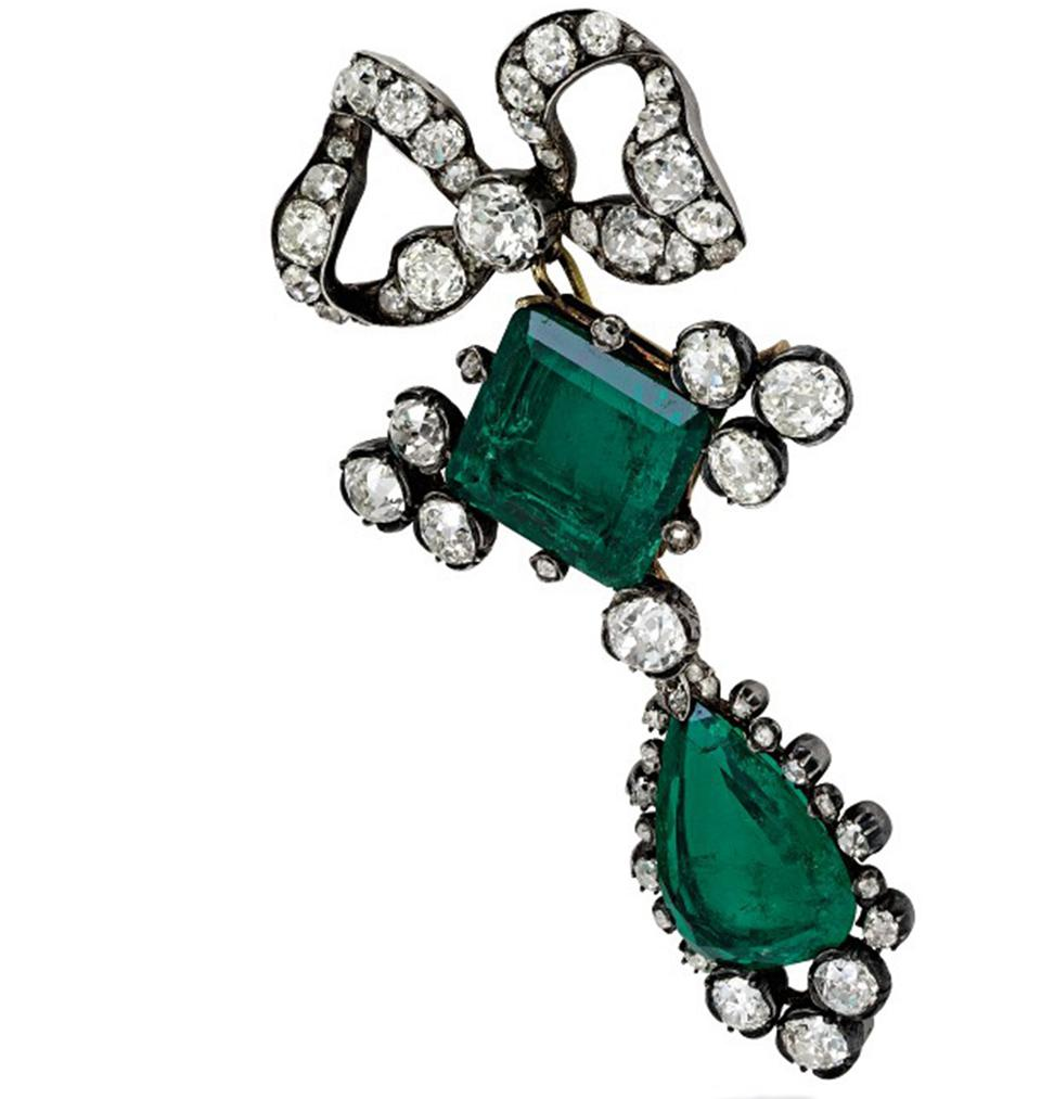 A silver-topped gold, emerald and diamond pendant-brooch, 1840 with royal provenance