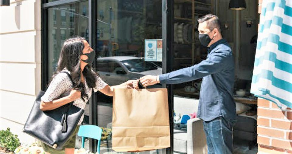 Independent retail handoff in a pick and pack era