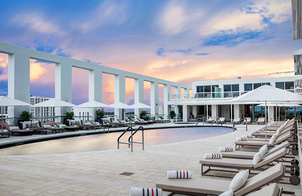 A skydeck at a hotel in Florida.