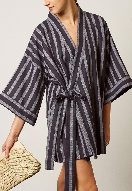 Lisa Von Tang Linen Wrap-Front Robe