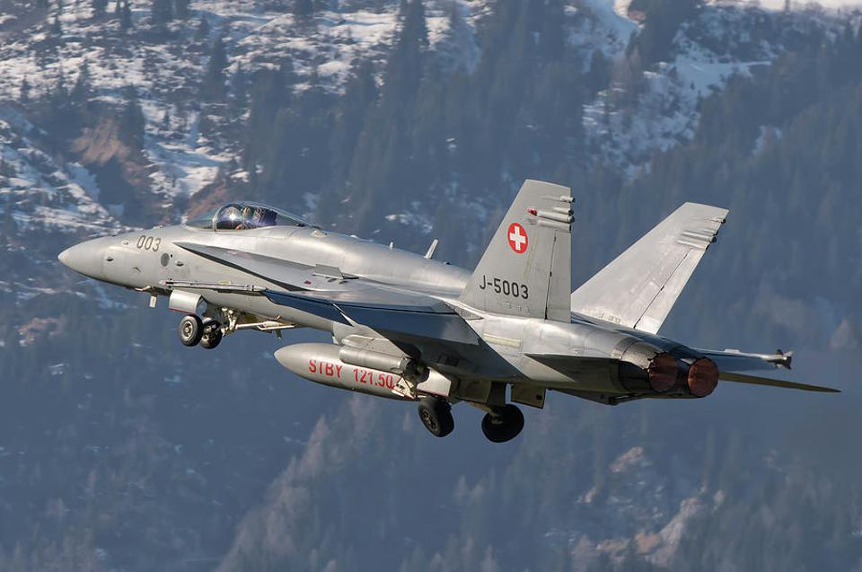Switzerland has operated the American F / A-18C Hornets since the mid-1990s.