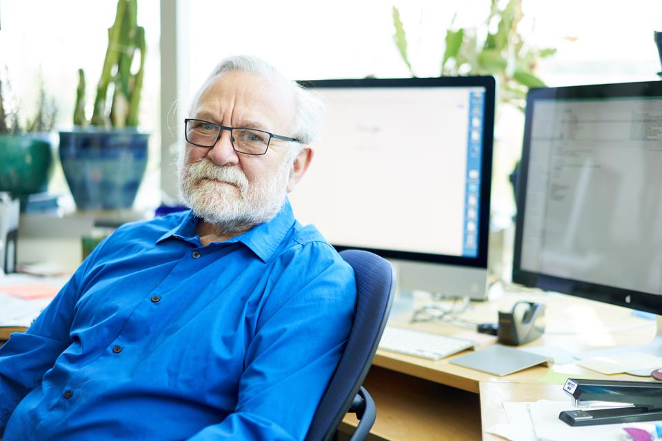Dr. Peter Walter