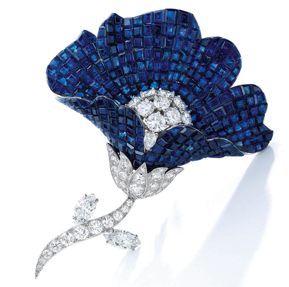 Van Cleef & Arpels mystery-set sapphire and diamond flower brooch fetched $1.1 million