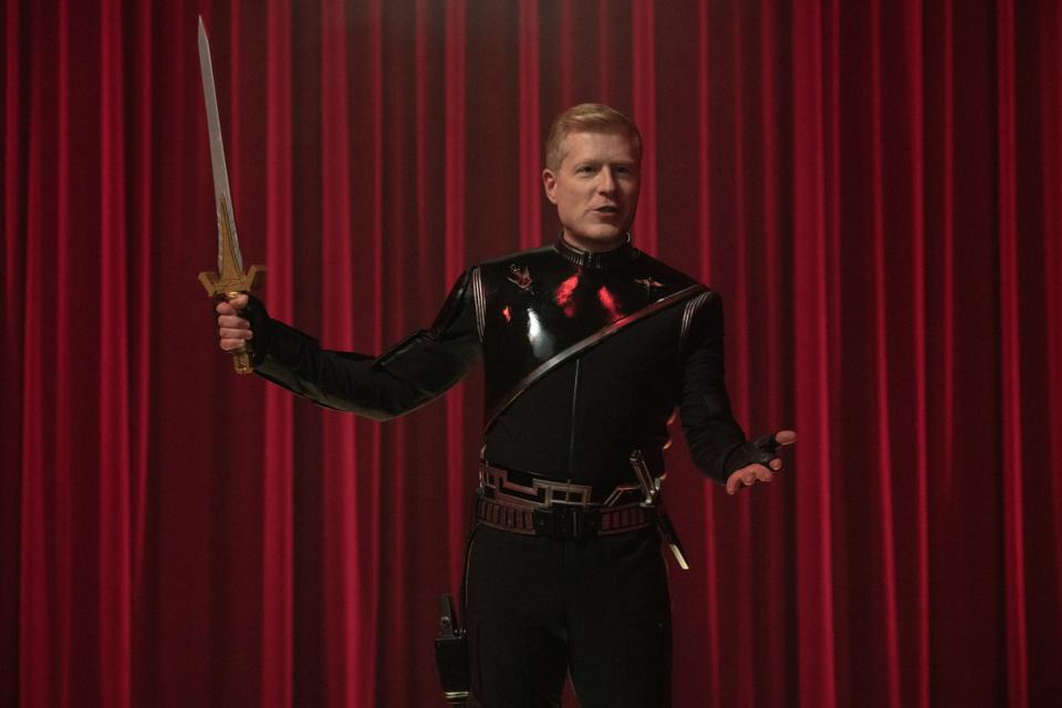 Mirror Universe Paul Stamets wields a sword in Star Trek Discovery