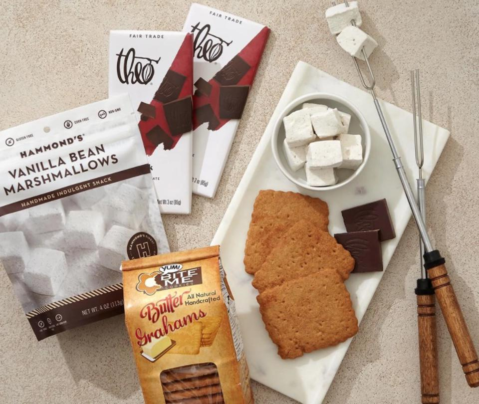 We Adore S'mores Gift Set from Knack