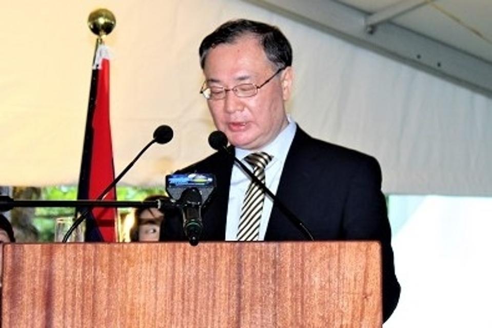 Ambassador Yoshiharu Kato, Japan's first Ambassador to Mauritius