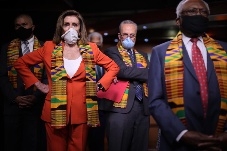 House And Senate Democrats (Photo by Chip Somodevilla/Getty Images)