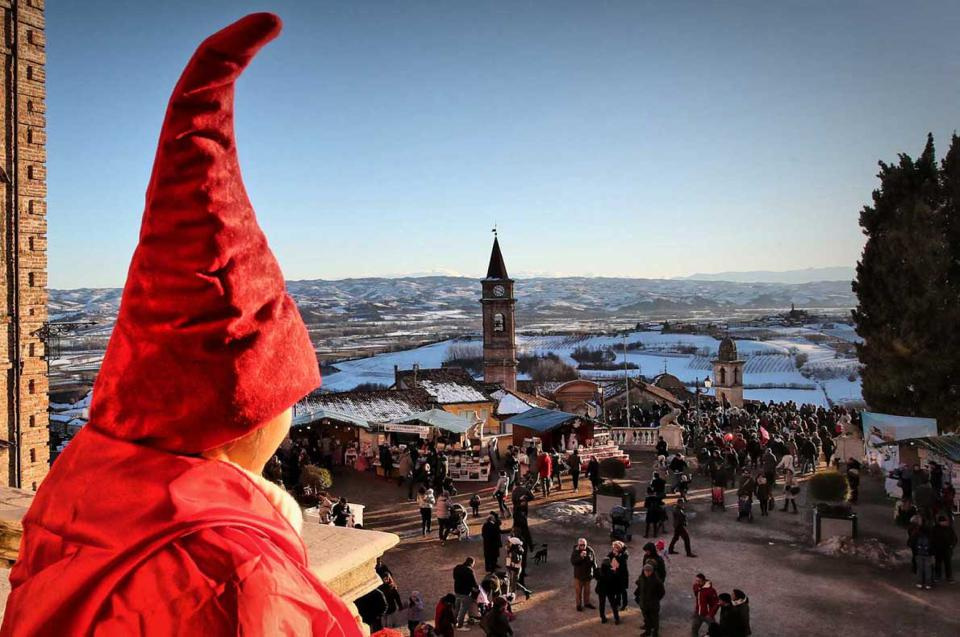 Christmas in Govone: The most beautiful Christmas market in Italy