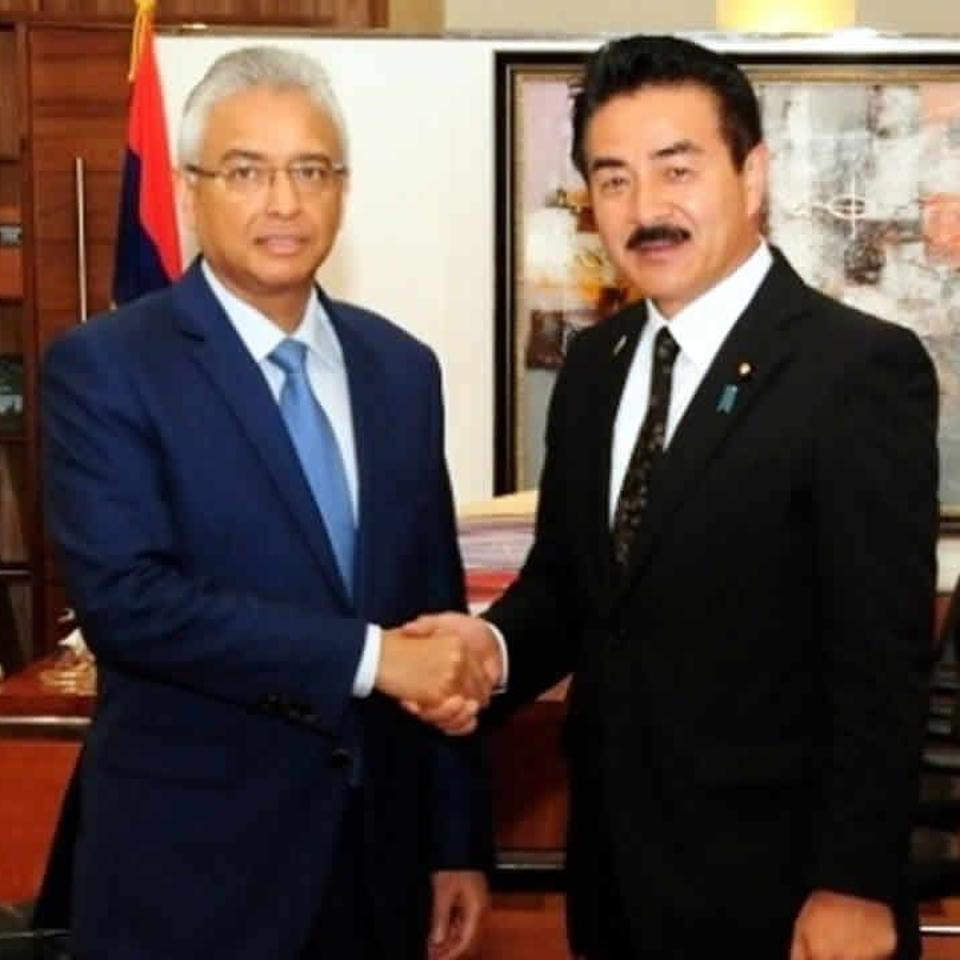 Mauritian Prime Minister Pravind Jugnauth and Japan's Minster in Foreign Affairs, Masahisa Sato in Mauritius in Aug 2018