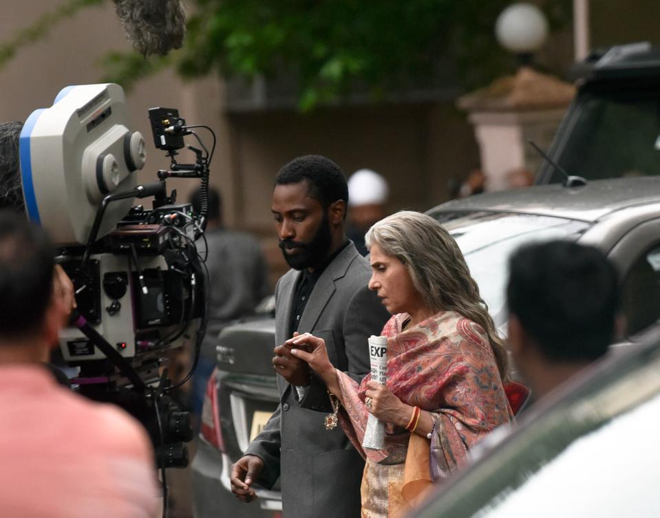 Hollywood Filmmaker Christopher Nolan Shoots In Mumbai For His Next Film 'Tenet'