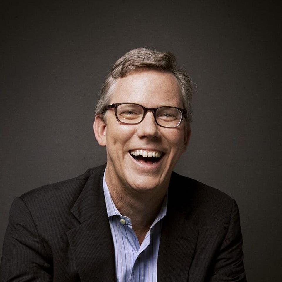 Reflecting on CEO Brian Halligan, one HubSpot employee commented ″Has clear goals looking forward into the future and enables regional experimentation for driving innovation among teams.″