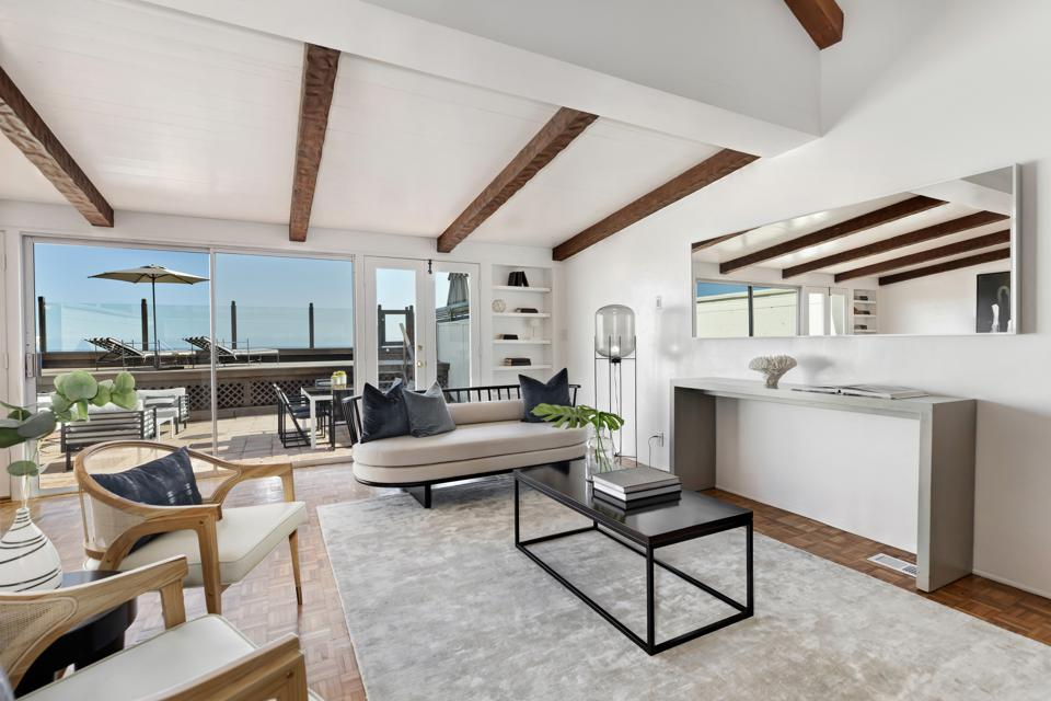 A living room in Malibu.