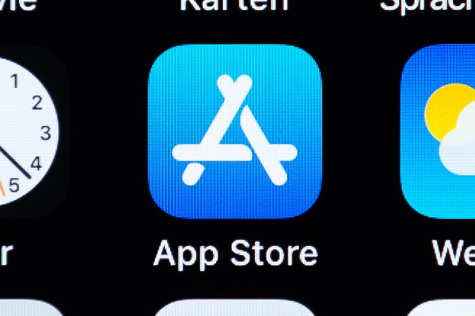 Major U.S. News Outlets Join Coalition Challenging Apple's 30% App Store Fee