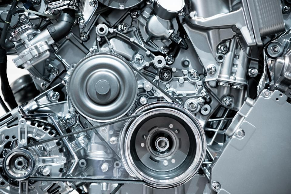 Internal combustion engine looking racy and not yet obsolete