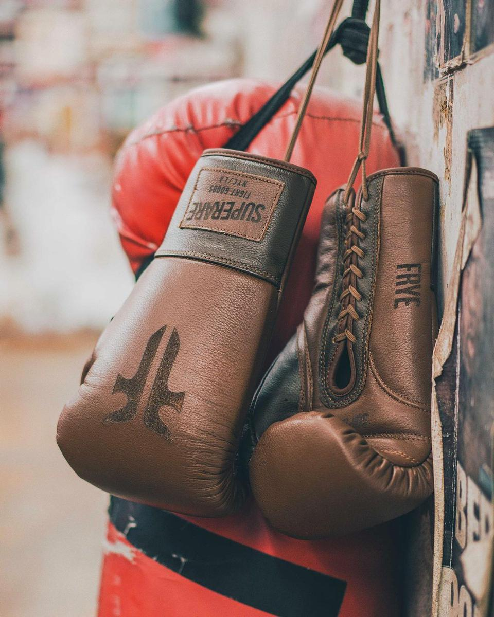 Frye x Superare Buffalo-leather Glove Set
