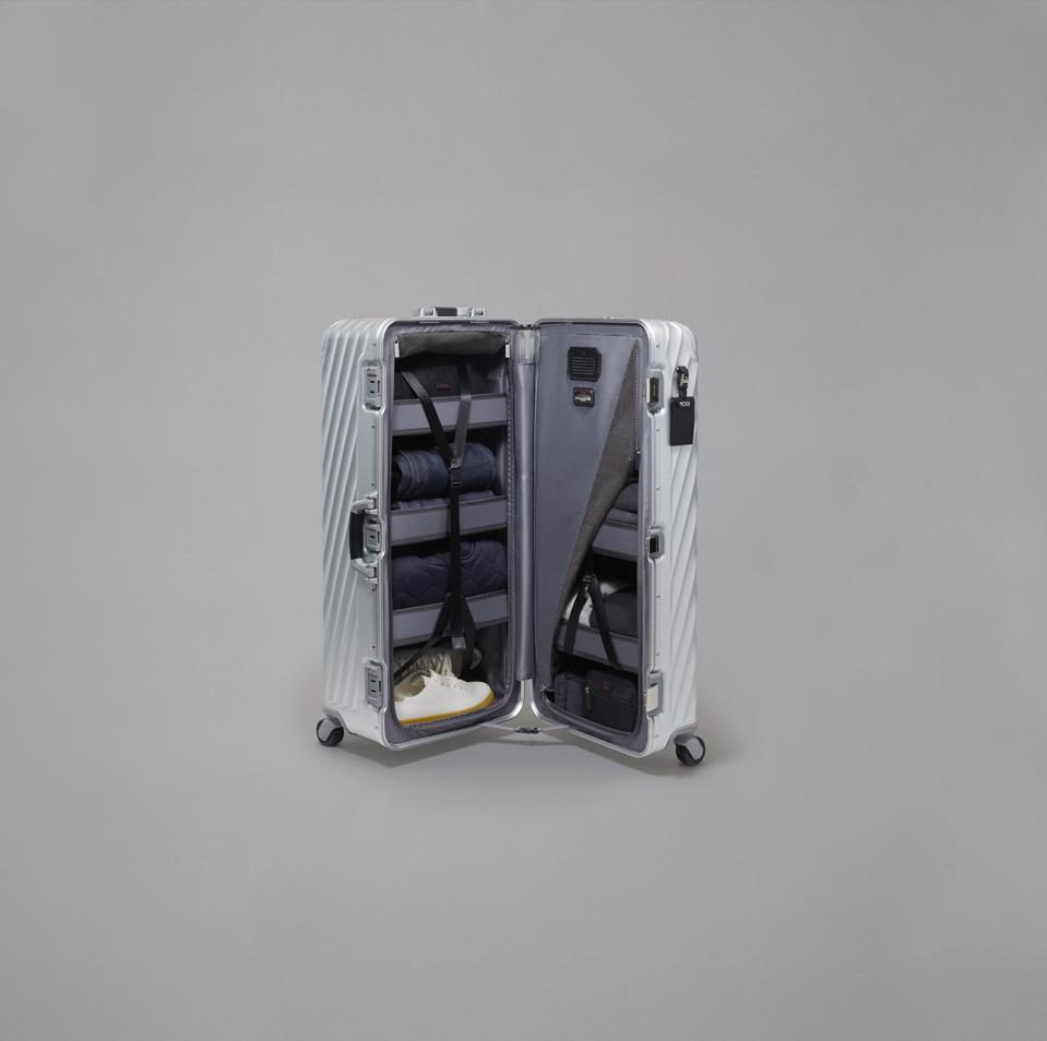 TUMI: 19 Degree Aluminum Rolling Trunk