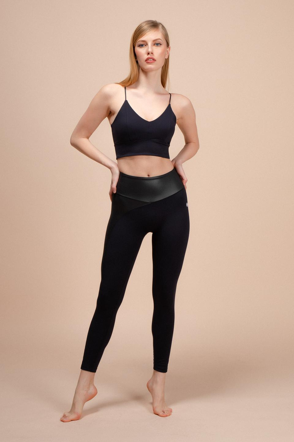 ENVT is dedicated to creating design-focused, premium athleisure for the modern woman who is always on the go, while valuing a healthy balance between career and wellnes