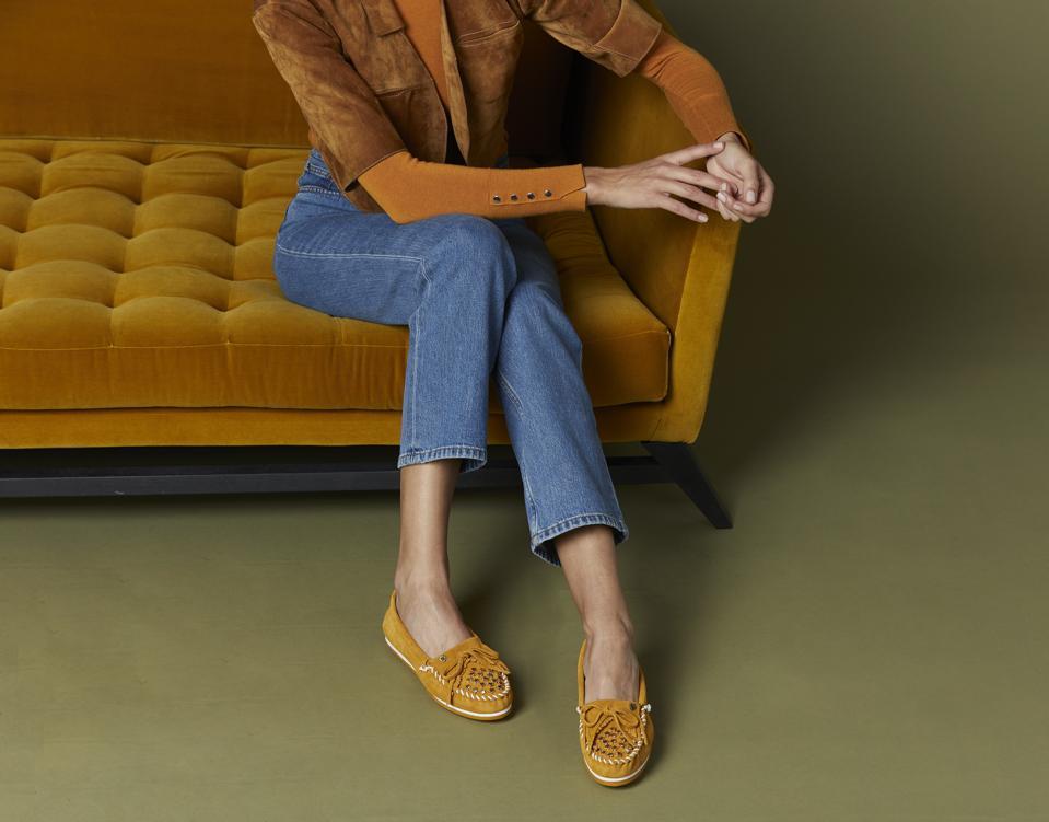 Moccasin  Minnetonka X Tuleste STARSTRUCK Kilty Plus in marigold