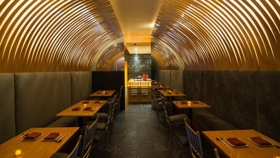 J-spec interior dining room