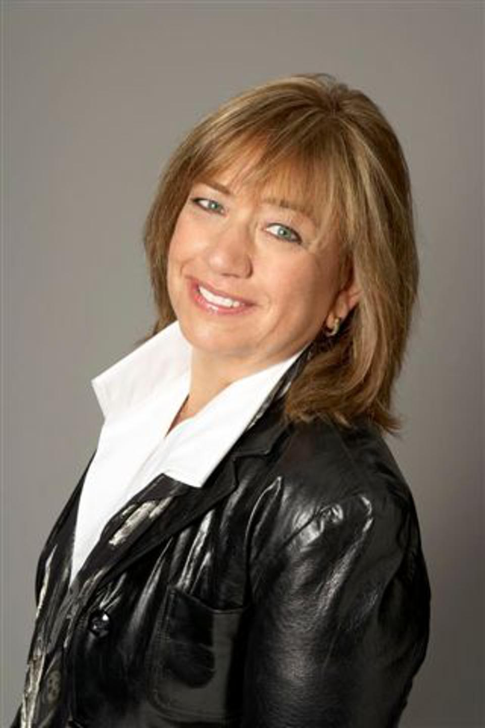 Debra Robinson is senior vice president and CIO of Oracle technology and operations at Hearst.