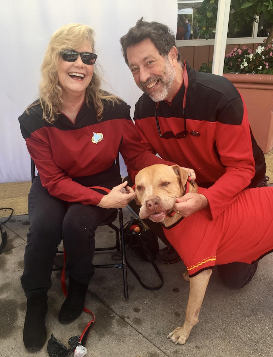 Rachelle Averbach, Steve Katz and their dog get dressed up in Star Trek uniforms.