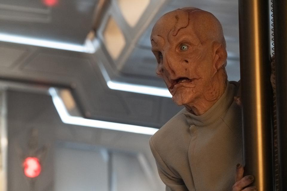 The Kelpian servant played by Doug Jones who also plays Captain Saru on ″Star Trek: Discovery.″