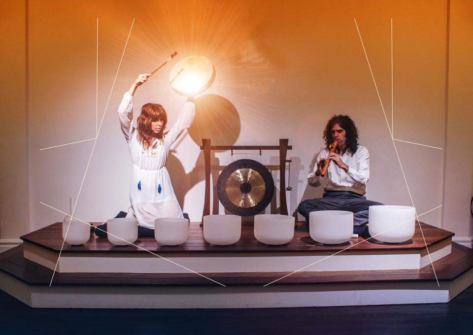 Dynasty Elektrik music duo leads a sound bath