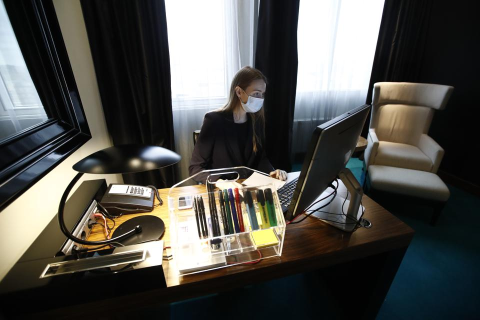 Moscow's Radisson Blu Belorusskaya Hotel transforms rooms into remote offices