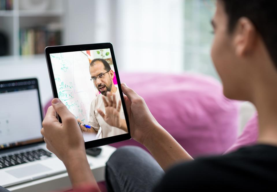 E-learning using tablet between male student and teacher