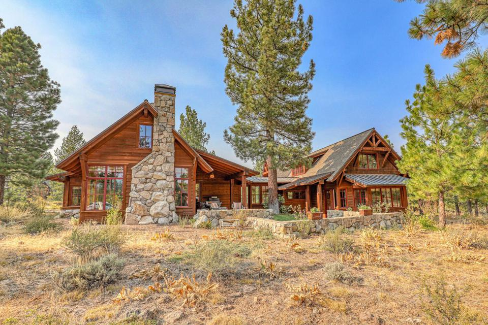 A cabin-style luxury home in Truckee.