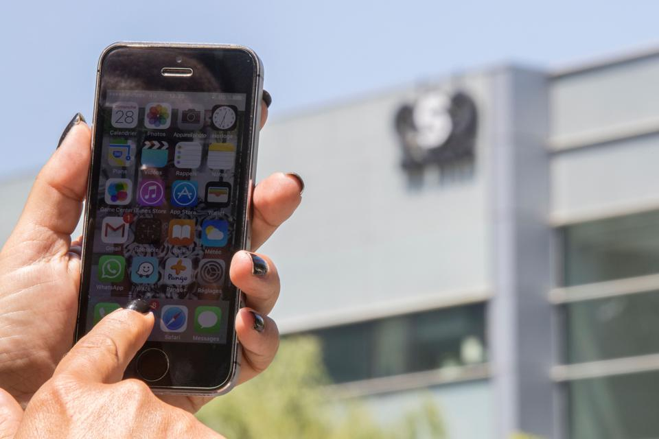 iPhones of journalists hacked in Middle East, NSO Group linked to the attacks.