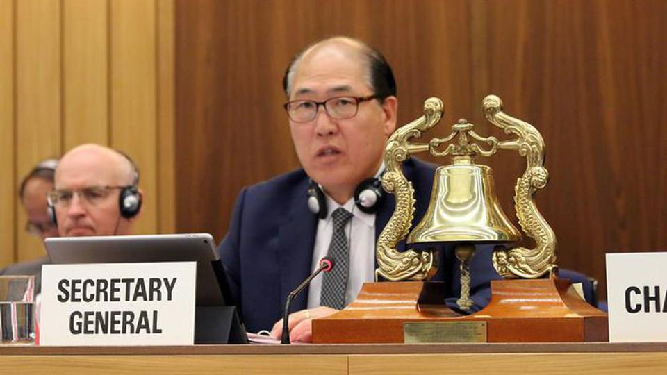 Secretary General of the IMO, Kitack Lim, was elected for a four year term on the promise of introducing low sulfur fuel oil
