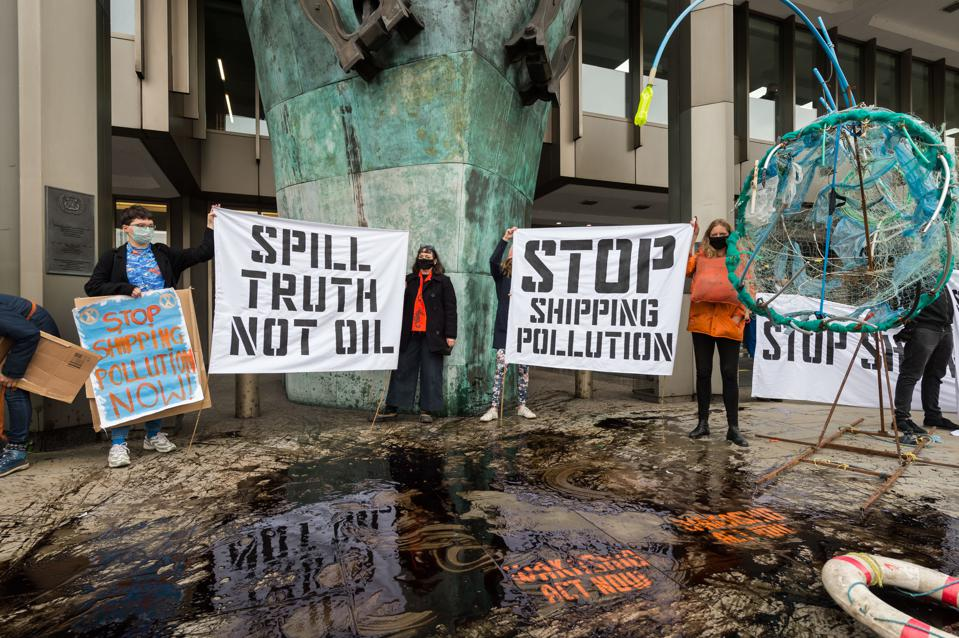 19 Oct: Stonewall silence from the IMO about their knowledge and role regarding the oil, as protesters continue to demand reform and transparency of the IMO, which is supposed to be a UN Institution, paid for by taxpayers