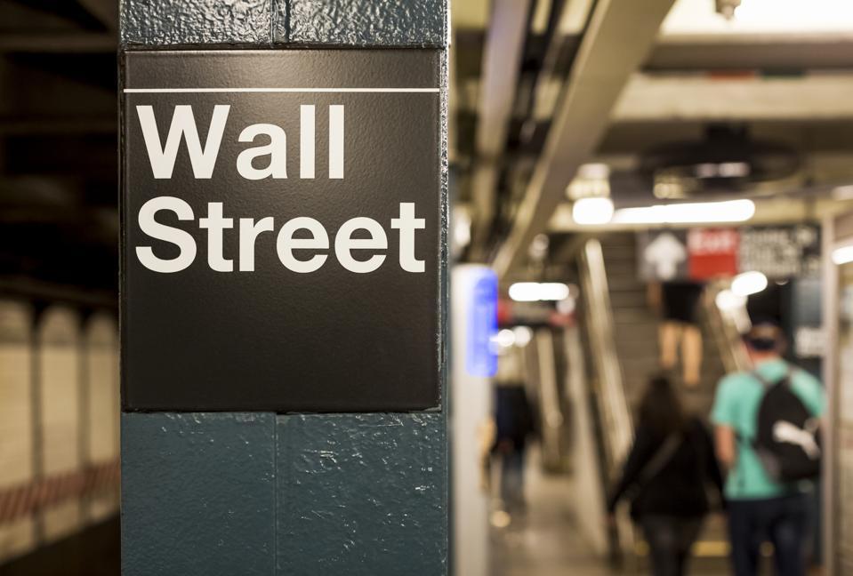USA, New York, Manhattan, Wall street sign at underground station