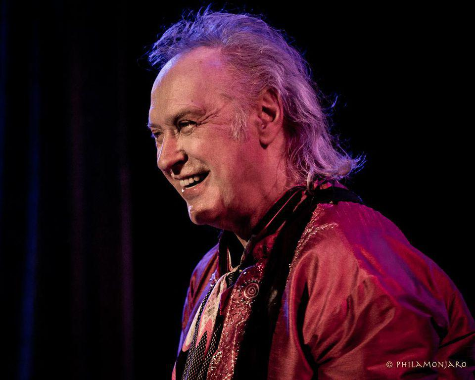 Dave Davies of The Kinks performs on Easter Sunday in Chicago. April 21, 2019 at City Winery (Photo by Philamonjaro Studio)