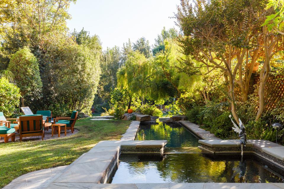 A lap swimming pool.