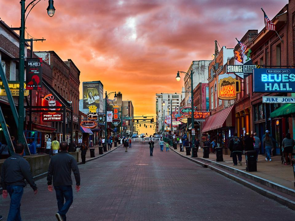Beale Street in Memphis, showing the storefronts of its restaurants and clubs.