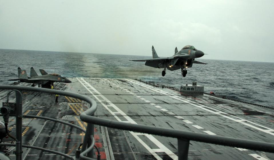 INS Vikramaditya, Indian Navy, MiG-29K,