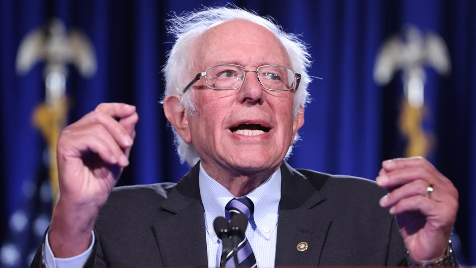 Le sénateur Sanders prononce un discours sur la menace de Trump pour la démocratie