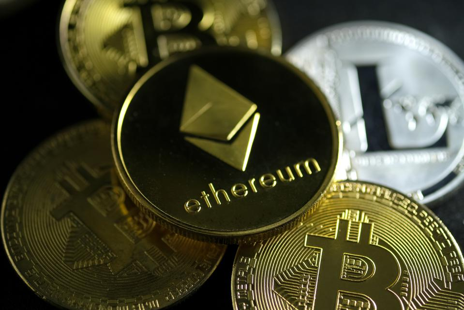 bitcoin, bitcoin price, ethereum, litecoin, BlackRock, image