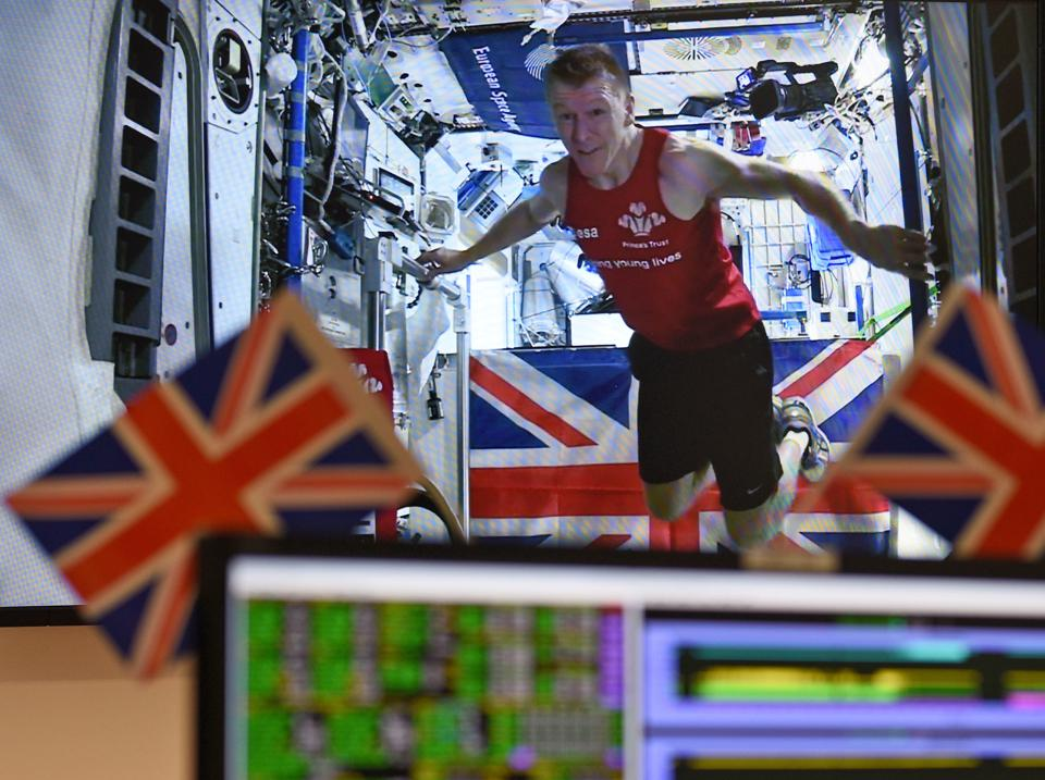 Astronaut Tim Peake runs a marathon in space aboard the ISS.