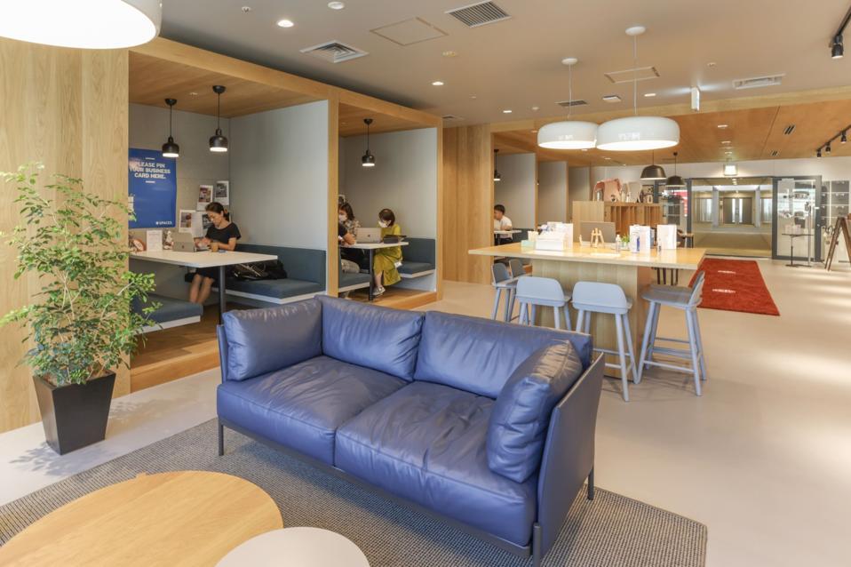 WeWork Peer TKP Sees Opportunity in Tokyo's Evolving Office Market