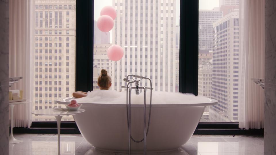 woman in bath tub, Chicago