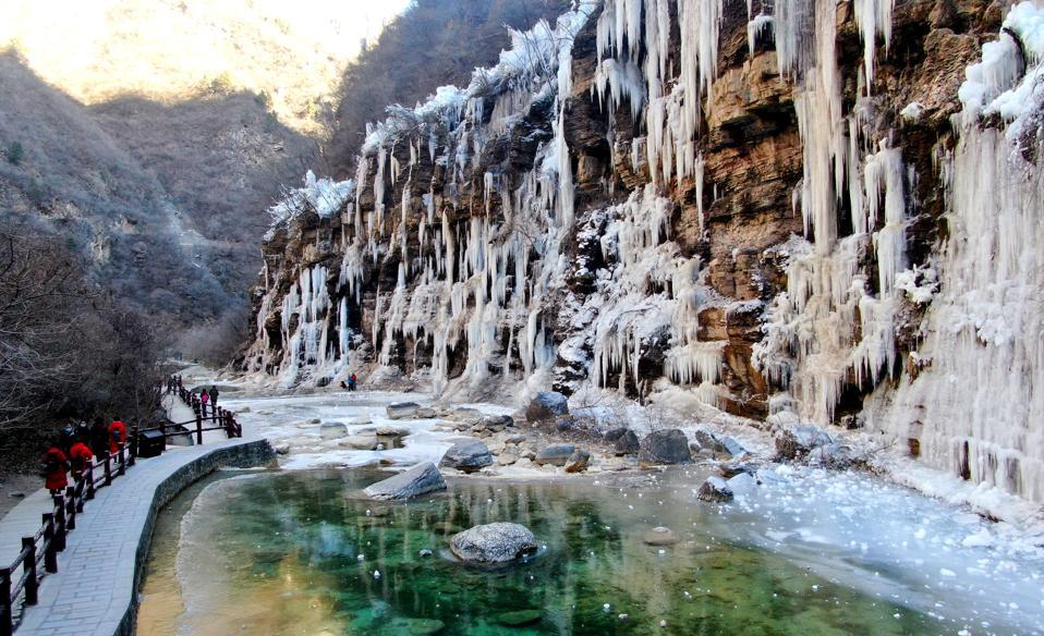 CHINA-HENAN-JIAOZUO-FROZEN WATERFALLS (CN)